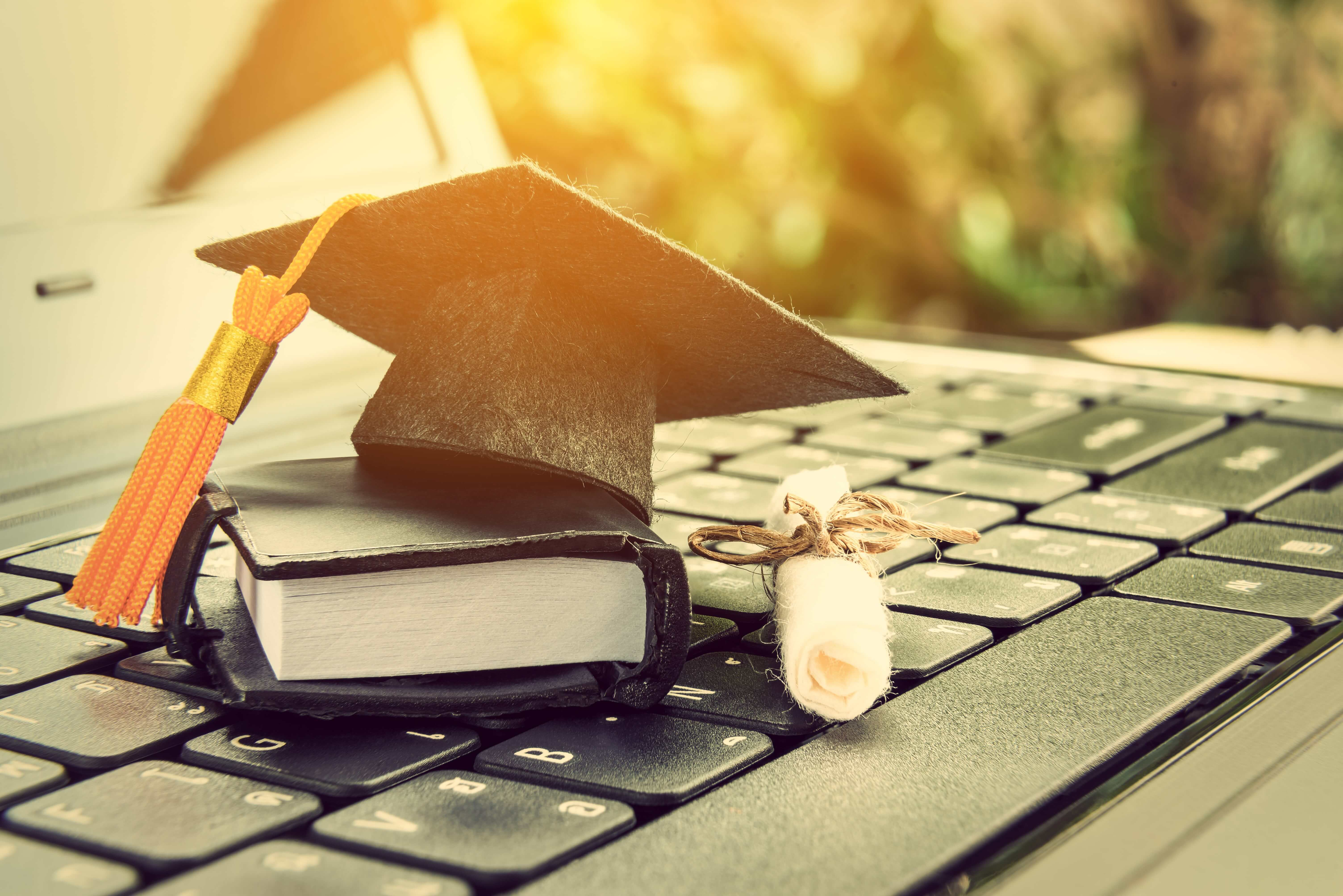 6 Key Things to Consider as Universities Plan to Go Online